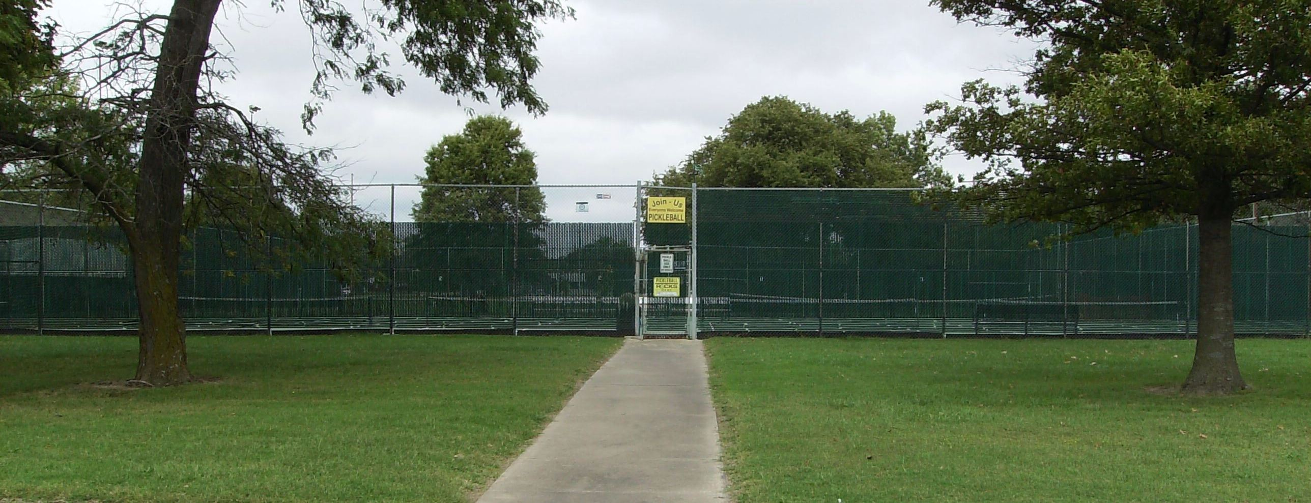Pickleball Courts Entrance image on the south side of the courts